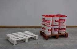 Cartage Plates: Porcelain & Terracotta